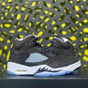 """Air Jordan 5 """"Oreo/Moonlight"""""""